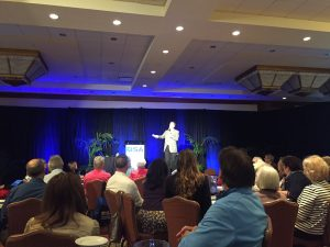 How to become a professional speaker -- Business coaching for speakers -- Thom Singer